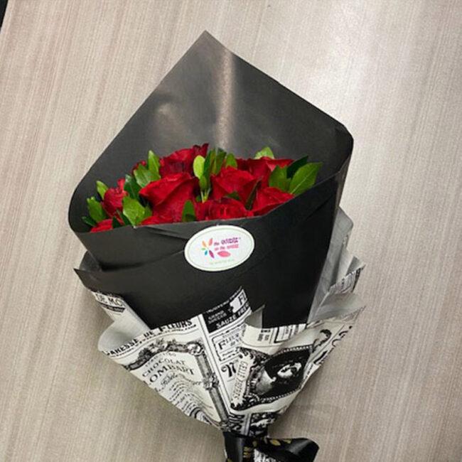 Ramillete de 12 Rosas