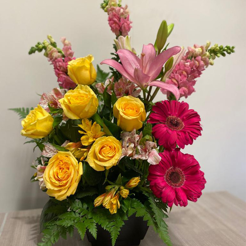 Arreglo Tradicional de 6 Rosas